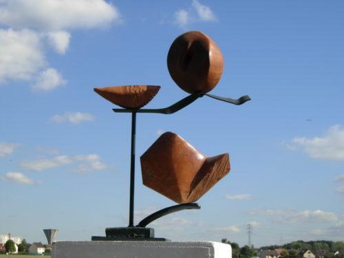 JONGLERIE 1, bois et métal, 60cm x 40cm x 07cm